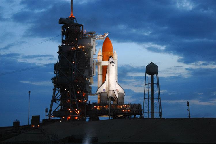 Space Shuttlle Atlantis al pad di lancio