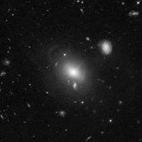 Gusci di stelle intorno a un quasar