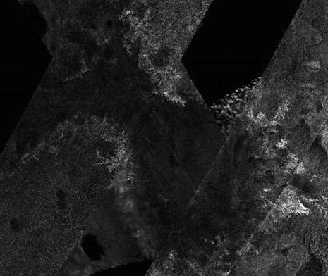Un immagine radar di Titano