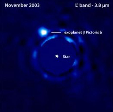 immagine del supposto pianeta attorno a Beta Pictoris ottenuta al VLT nel 2003