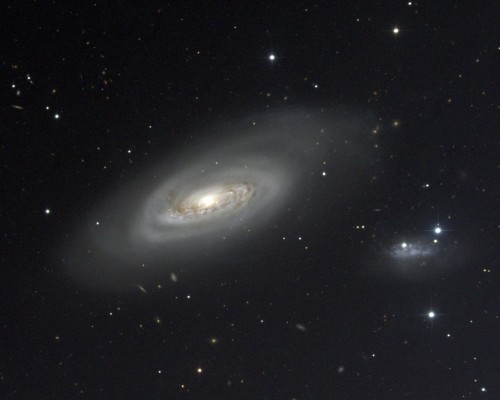 la galassia M90