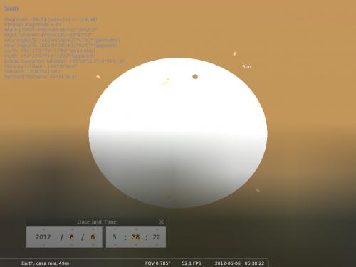 il Sole sorge con una macchia perfettamente circolare e nera