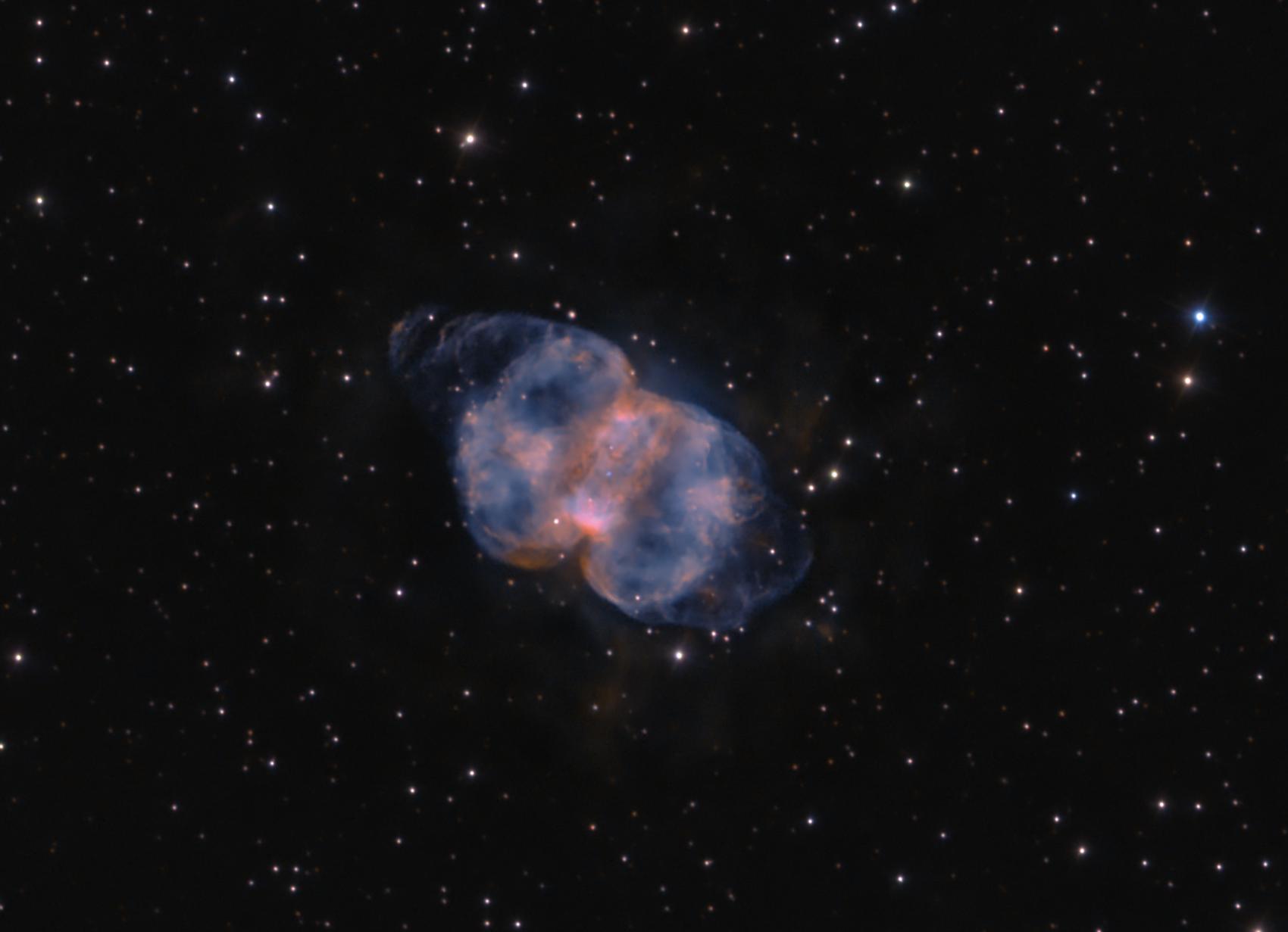 la nebulosa planetaria M76