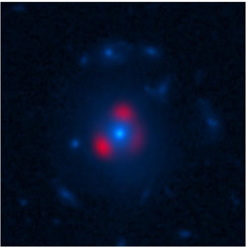 una galassia lontana e attivissima