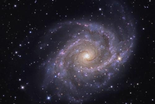 la bellissima galassia $NGC$ 2997