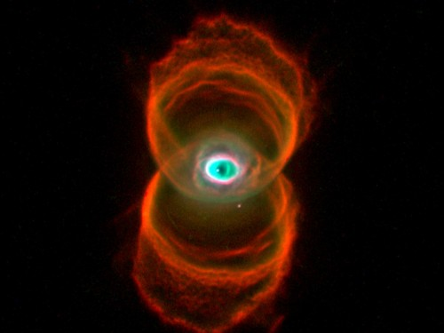 la Engraved Hourglass Nebula