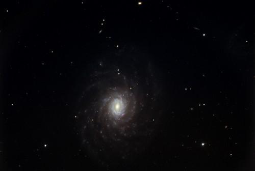 la galassia $NGC$ 3486