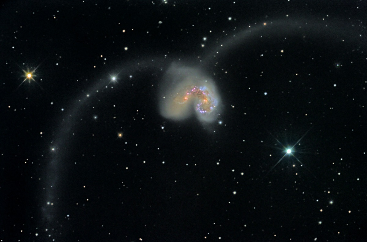 le galassie $NGC$ 4038 e $NGC$ 4039: le Antennae Galaxies