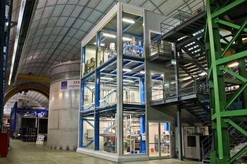 L'esperimento Xenon100 nei laboratori del Gran Sasso. Crediti: INFN/LNGS