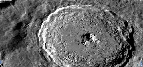 magnifico dettaglio del cratere di Tycho