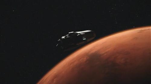 astronave in avvicinamento a Marte, con vista di Orione