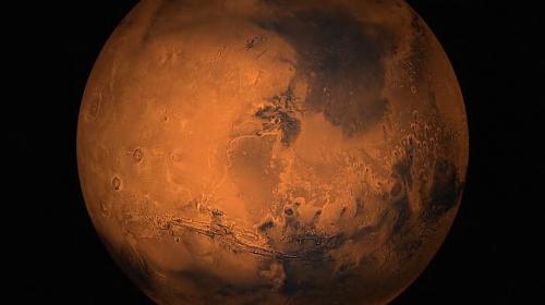 al centro della foto il maestoso Sharomov Crater