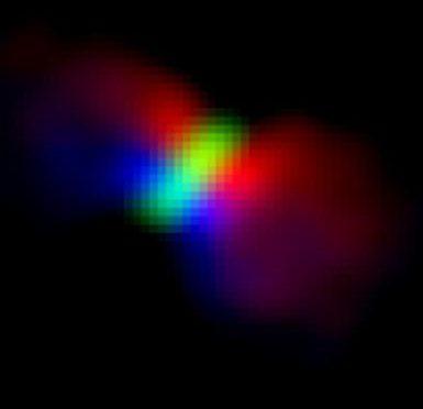 Osservazione Alma di Orion KL Source I. Il colore indica il movimento del gas: rosso in allontanamento, blu in movimento verso di noi. Il disco è visualizzato in bianco. Crediti: ALMA (ESO/NAOJ/NRAO), Hirota et al.