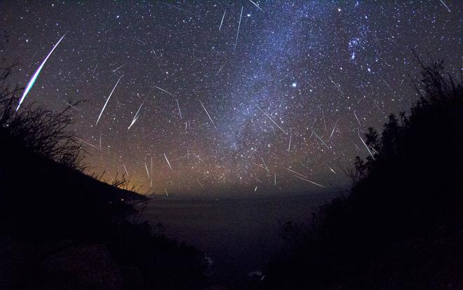 Sciame meteorico delle Orionidi - cielo del mese di Ottobre
