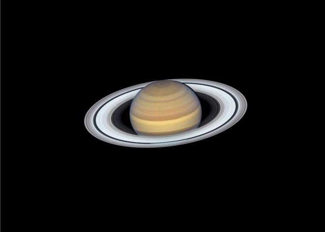 L'ultima vista di Saturno dal telescopio spaziale Hubble della NASA